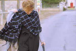 Il est un peu large: mon pantalon noir